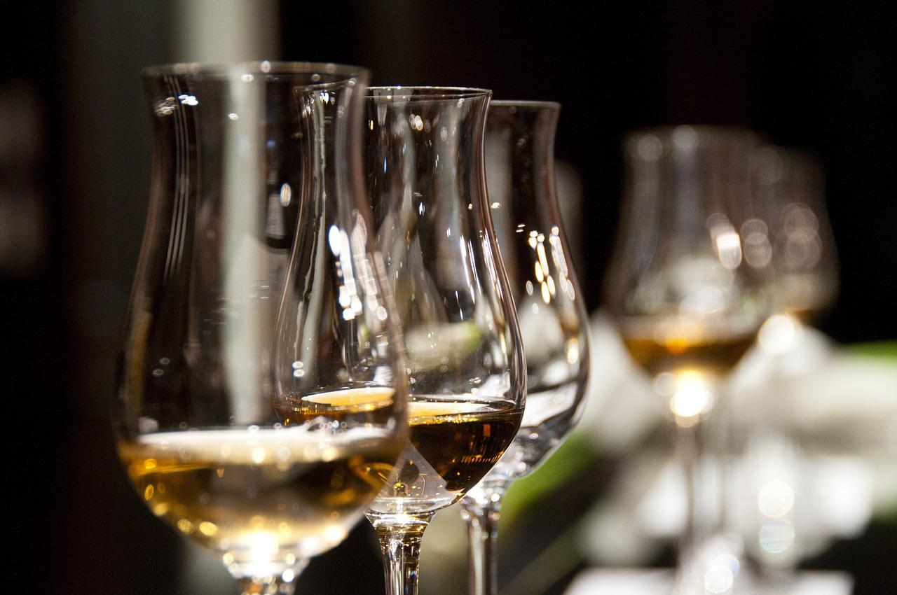職場で面倒な飲み会の幹事をやり続ける理由
